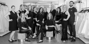 Foto: Team-Crew des beliebten Hochzeitskleid- und Brautmodengeschäfts Rena Sposa in Stuttgart