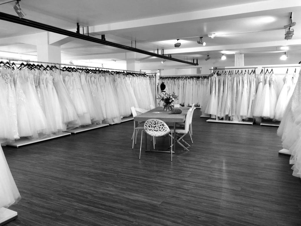 Foto: Ansicht der Ladenräume des beliebten Hochzeitskleid- und Brautmodengeschäfts Rena Sposa in Stuttgart